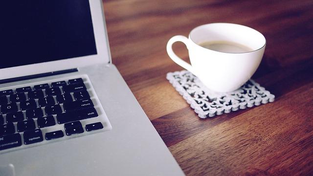 仕事中にコーヒー